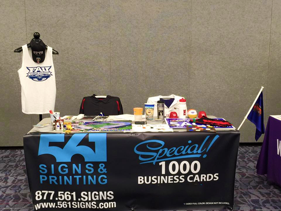 Tradeshow displays, Tents, & Tablecloths | 561 Signs And Printing